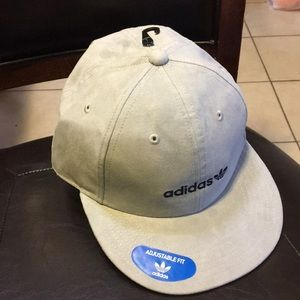 71c05e03c56 Adidas originals Accessories - Brand new adidas Faux Suede Relaxed  Strapback Hat